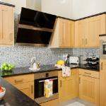 wood-kitchen-style-modern1.jpg
