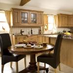 wood-kitchen-style-traditional1.jpeg