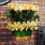 yellow-flowers-centerpiece-ideas-rose-and-orchids3.jpg