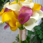 yellow-and-other-flowers-centerpiece-ideas6.jpg