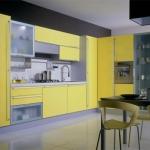 yellow-kitchen4-1europeancabinets.jpg