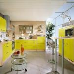 yellow-kitchen4-3.jpg