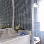 zoning-divider-in-bathroom-tour6-2.jpg