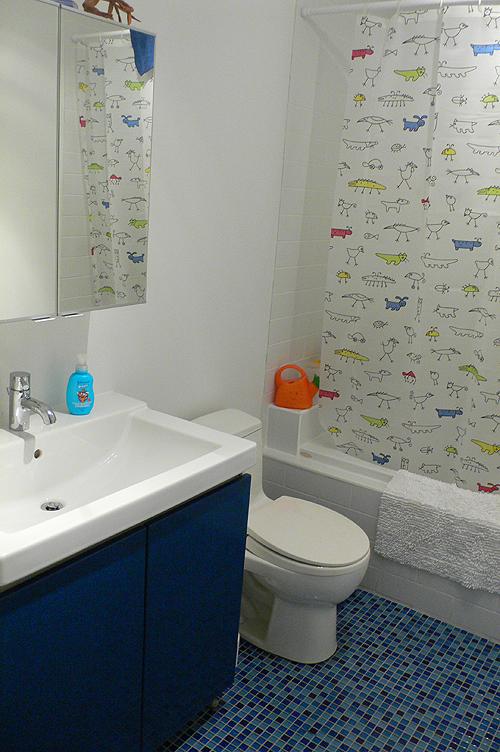 kids-bathroom-via8