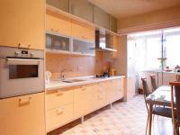 orange-kitchen27