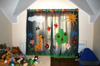 curtain-for-kids20
