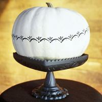 pumpkin-decor-stenciling2