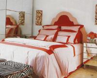 romantic-bedroom-in-red5