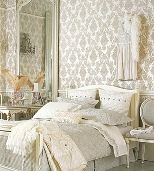 romantic-bedroom-in-white1