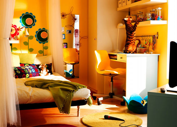 teen-room-2010-ikea1