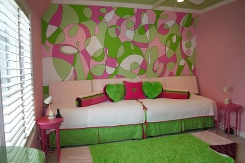 Дизайны комнаты с розовыми обоями