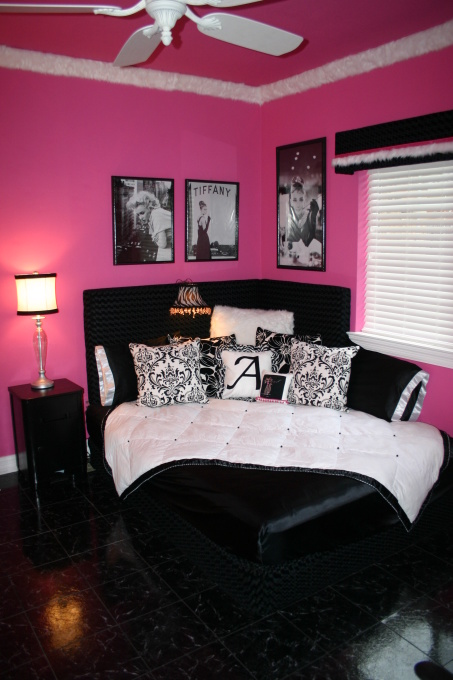cool-teen-room-hot-pink-black3-4