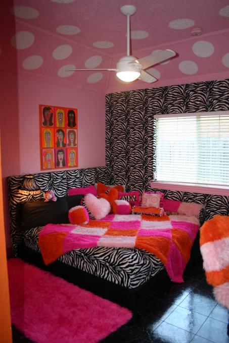 Комната для девушки подростка тема 171 Hot Pink 187 ярко