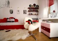 cool-teen-room-love-red2-2