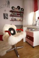 cool-teen-room-love-red2-4