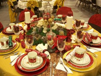 christmas-table-detail-centerpiece1