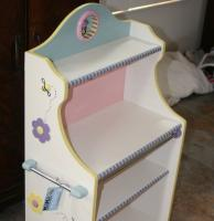 DIY-paint-furniture-for-kids9