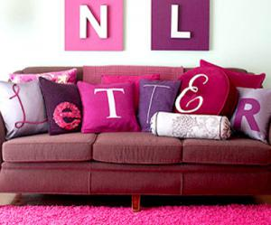 creative-monograms-pillow1