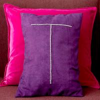 creative-monograms-pillow7