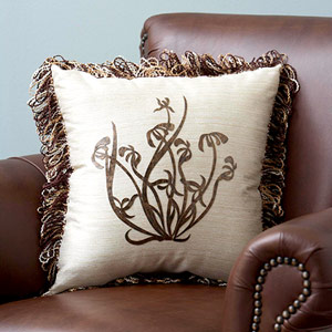 creative-pillows-fringe-n-drapery1