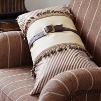 creative-pillows-fringe-n-drapery6