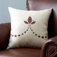 creative-pillows-glam4