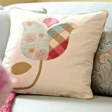 creative-pillows-in-details7-1