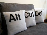 creative-pillows-monogram4