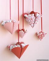 valentine-decor-candy-n-flowers2