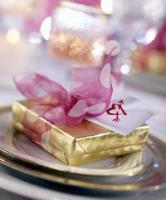 valentine-table-set-plate11