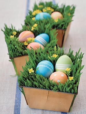 http://www.design-remont.info/wp-content/uploads/2010/03/easter-eggs-decor-nest4.jpg