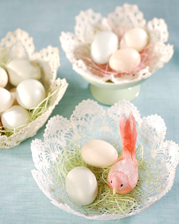 http://www.design-remont.info/wp-content/uploads/2010/03/easter-eggs-decor-nest6.jpg