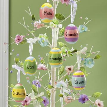 http://www.design-remont.info/wp-content/uploads/2010/03/easter-eggs-decor-tree3.jpg