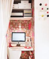 mini-home-office-nook-between-wall3