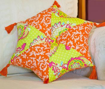 DIY-3-pretty-pillows2