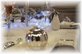 magic-snowy-night-table-set11