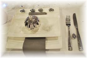 magic-snowy-night-table-set6