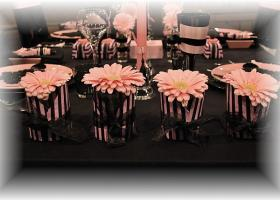 french-chic-table-set-in-rose-and-black15
