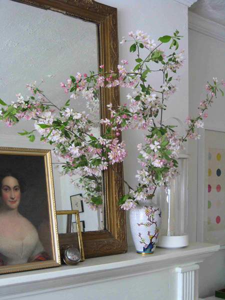 blooming-branches-in-home