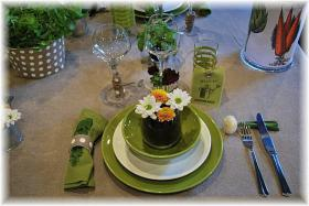 ephemeral-garden-table-setting5