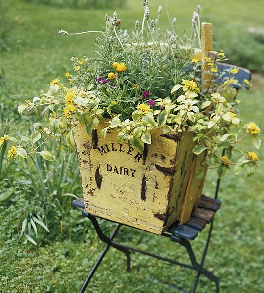 vintage-garden-pots