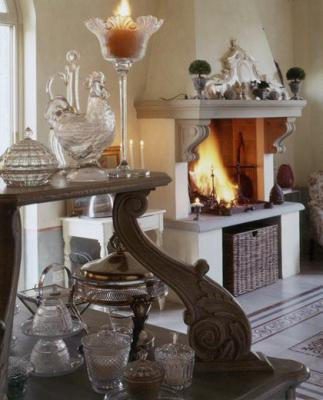antique-furniture-and-decor-by-em3