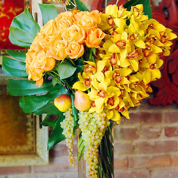 yellow-flowers-centerpiece-ideas