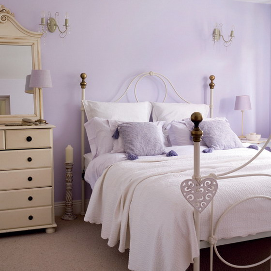 combo-frosted-purple-and-white-in-bedroom