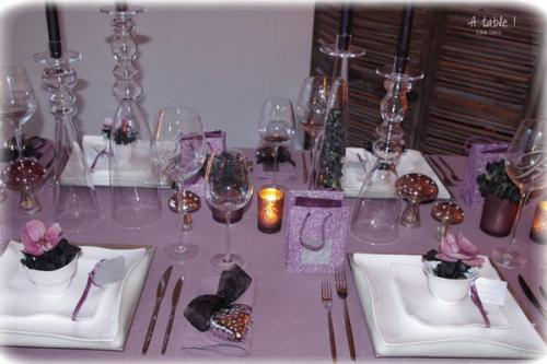 orchids-charming-table-setting2