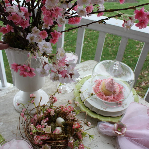 blooming-branches-spring-table-setting
