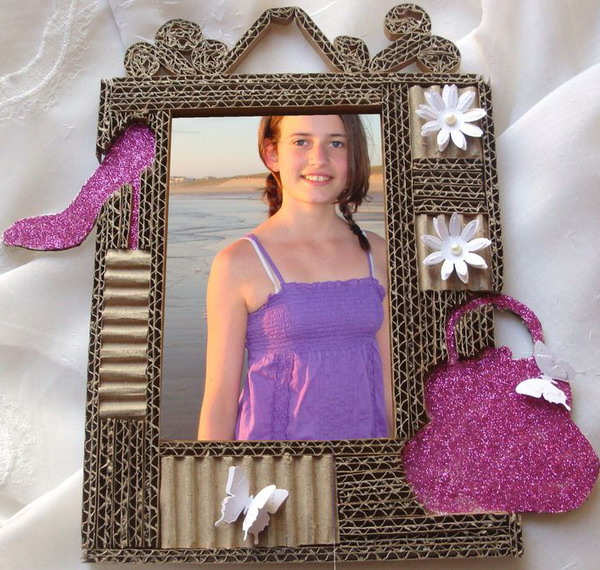 diy-photo-frame-of-carton