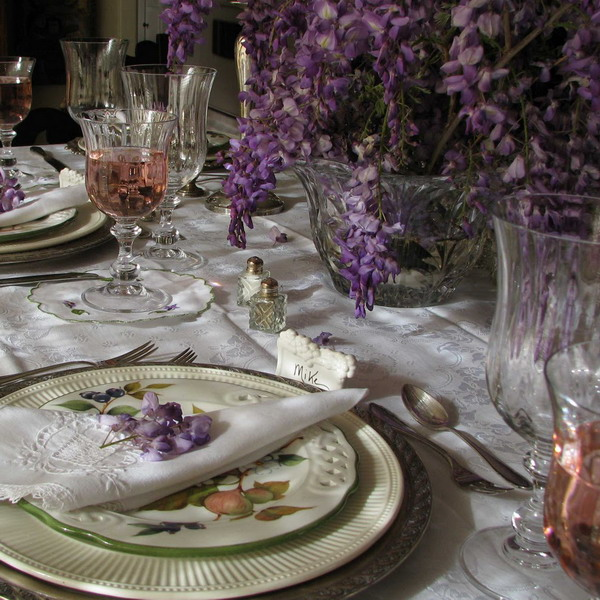wisteria-branch-table-setting