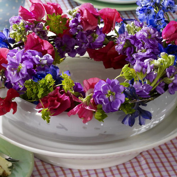 summer-wreath-centerpiece-ideas