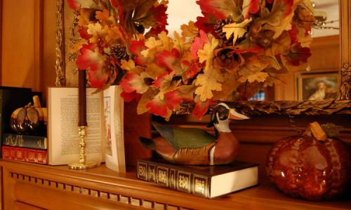 fireplace-mantel-fall-decorating-details2